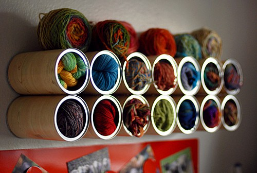 Leethal do stuff! Blog coffee can yarn holder